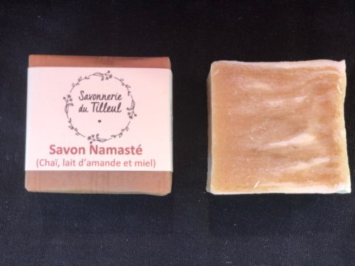 Savon-namaste-naturel-surgras-bio-chai-lait-amande-miel