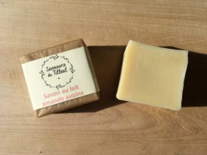 Savon-lait-amande-avoine-afroid-naturel-surgras-bio